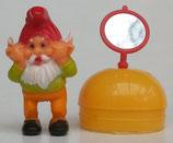 Variante 3 Morgenmuffel Spiegel auf Eihälfte  Die Badezimmerzwerge 1991