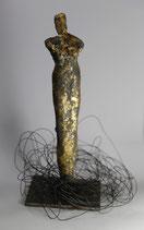Skulptur aus Ton / Blattgold - Unikat -
