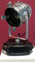 360 Grad Drehmotor mit PAR 64 Scheinwerfer