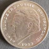 ドイツ 西暦1990年