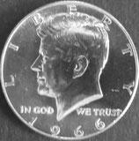 ケネディ1/2ドル銀貨  西暦1966年