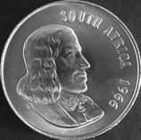 南アフリカ共和国 西暦1966年