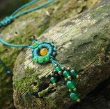 Collier bohème vert tressé pierre naturelle