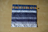 Weihnachtliches Patchwork-Deckchen blautöne