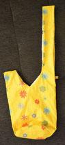 Knotentasche Blumen gelb/weiß