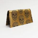 Porte-chéquier format portefeuille (simili), têtes de mort bronze