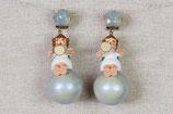 Engelchen mit Trompete auf Schneeball