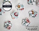 Confettis de table x 70 : fleurs en liberty  Betsy porcelaine ou liberty au choix