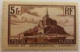 N°260  5 f. brun: le Mont Saint-Michel
