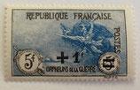 N°169 5 f.+5 f. surchargé 1 f. noir et bleu-gris, orphelins de la Guerre