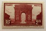 N°258  2 f. brun rouge, Arc de Triomphe