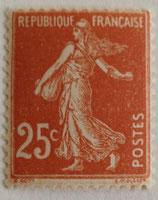 N°235 25 c. jaune brun, type semeuse fond plein