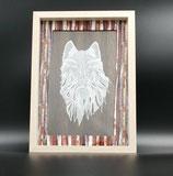 Cadre Loup en dentelle de papier