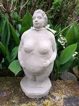 "Deko Figur ""Dicke Dame"""
