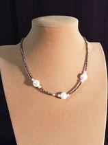 Collier court, collier fin, cristal et perle de culture d'eau douce