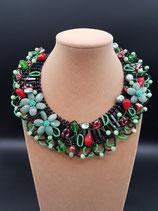 Collier court, plastron, aventurine, agate, perle de verre et cristal