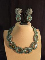 Parure collier, boucle d'oreille, en cristal vert d'eau