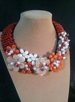 Collier, plastron, ras de cou, orange, beige en  pierre naturelle, perle de culture d'eau douce et cristal,