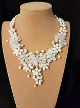 Collier mariage, perle de culture d'eau douce, cristal de roche.