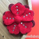 Grande broche fleur en laine feutrée. Création PlumeDubois