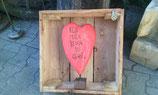 Rotes Herz im Kasten Objektnr. 014
