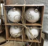 Weiße Weihnachtskugel von Clayre & Eef