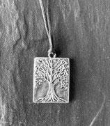 kleines Amulett BAUM