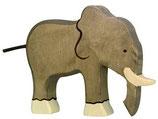 Holztiger Elefant stehend