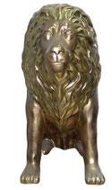 132000 Löwe sitzt Figur Lebensgroß