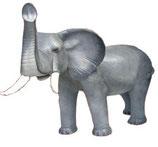130010 Elefant Figur steht lebensgroß