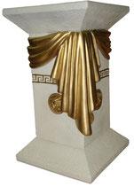 E010 Säule mit goldenen Tuch