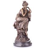 RIYB573 Jugendstil Bronzefigur Sitzende Frau