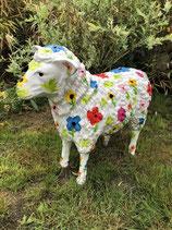 RI122040 Schaf Figur steht (groß) mit Blumenmotiven Deko Garten Tier Werbe Figur