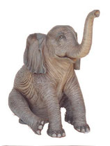 130030 Elefant Figur sitzt