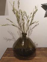Onregelmatig gevormde vaas van gerecycled glas groen