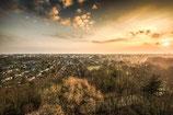 Leinwand: Sonnenaufgang über Gohlis vom Wackelturm
