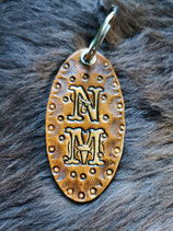Schlüsselanhänger / Taschenbaumler mit 2 Initialen