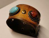 LEDER Armband, Farbe Tan, mit Ziernieten (RLA23)