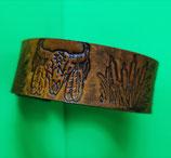 LEDER Armband punziert, Deko Büffelschädel, Rohrkolben, Farbe Tan (RLA19)