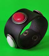 LEDER Armband, schwarz,mit Ziernieten Rot, Weiß (RLA12)