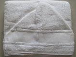 Badstof baby cape wit met Aida borduurrand