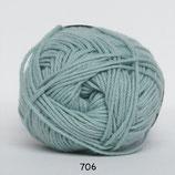 Cotton nr.8 col.706 zeegroen