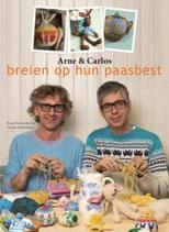 Arne en Carlos breien op hun paasbest.