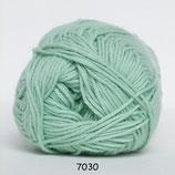 Cotton nr.8 col.7030 licht groen