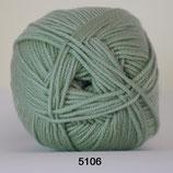 Extra Fine Merino 150 col.5106 licht groen