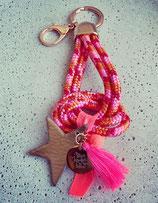 Schlüsselanhänger Segeltau Candy Stick Rosé mit Wunschgravurplättchen