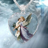 クリスタルペンダント ハート 青 守護の天使