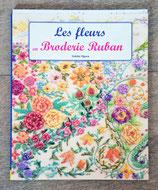 Livre Les fleurs en broderie ruban