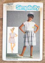 Pochette patron couture Simplicity 6810 - Jupe et haut fille