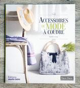 NEUF - Livre Accessoires de mode à coudre